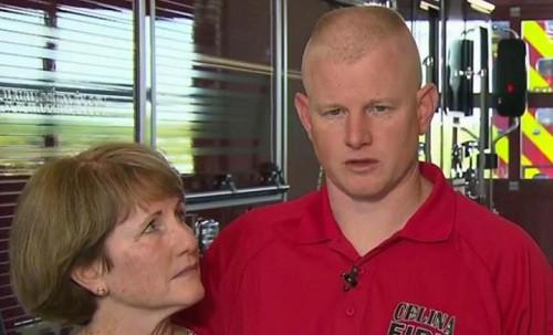 Lính cứu hỏa Mỹ 'nghe tiếng Chúa giục' khi cứu người bị hút khỏi máy bay