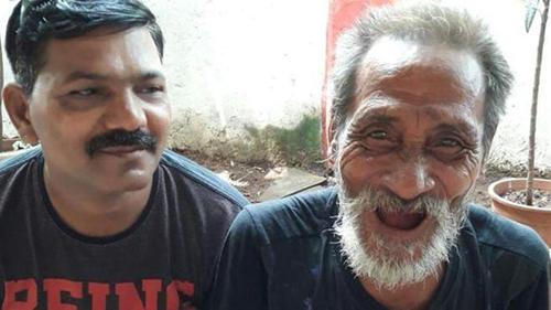 40 năm thất lạc anh trai, người đàn ông xúc động gặp lại nhờ ....