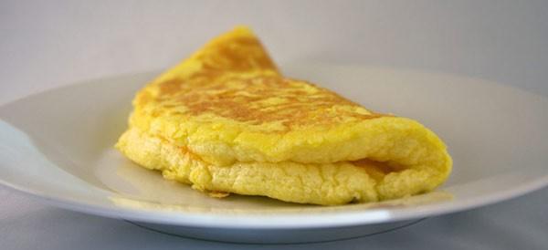 Tuyệt chiêu làm trứng rán siêu xốp, siêu phồng mà chẳng cần thêm bất kì phụ liệu nào