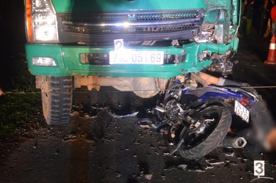 Đã xác định nguyên nhân vụ tông vào ô tô tải, 4 thiếu niên tử vong