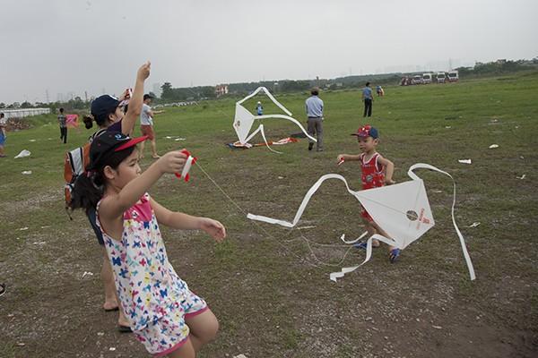 Cả trẻ em và các bố mẹ đều hào hứng với thú chơi này.