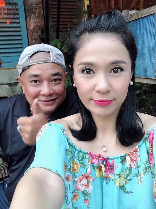Hình ảnh Việt Trinh đưa lên trang cá nhân và Lê Tuấn Anh bị nhiều khán giả chê béo, xấu.