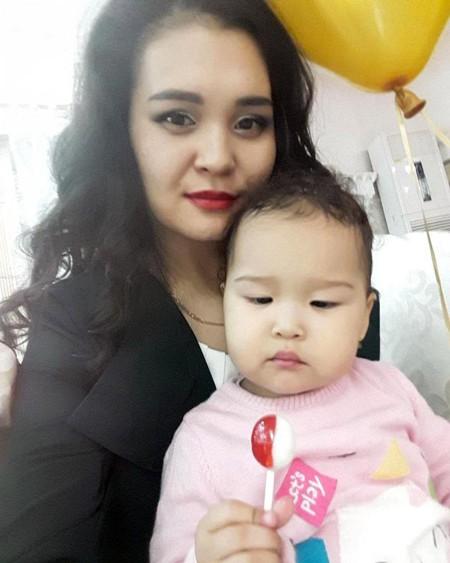 Bé 3 tuổi chứng kiến mẹ tử vong do bị thang máy kẹt đứt chân