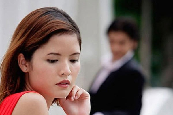 Vợ càng ghen càng đẩy chồng về phía người tình - Ảnh 1.