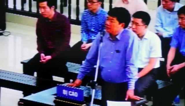 Bị cáo Đinh La Thăng tại tòa. (ảnh: HC)