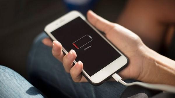 Bạn nên sạc smartphone bất kỳ lúc nào mình muốn, không nhất thiết phải chờ đến lúc hết sạch pin