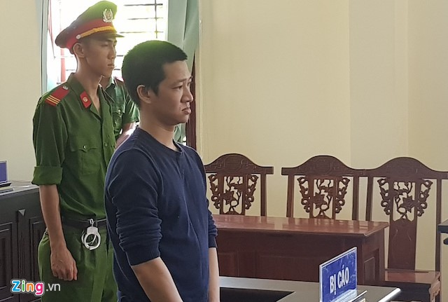Bị cáo Trường tại phiên tòa sáng 14/5. Ảnh: Minh Anh.