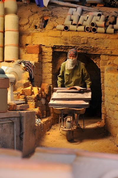 Những đồ gốm Phù Lãng đều được nung trong lò với nhiệt độ 1.000 độ C.