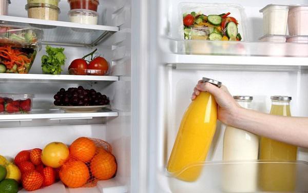 Việc lưu trữ quá nhiều thực phẩm trong tủ lạnh không những gây tốn điện mà còn ảnh hưởng đến chất lượng của tủ lạnh.