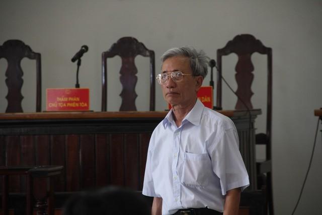 HĐXX phúc thẩm tuyên án 18 tháng tù treo đối với bị cáo Thủy.