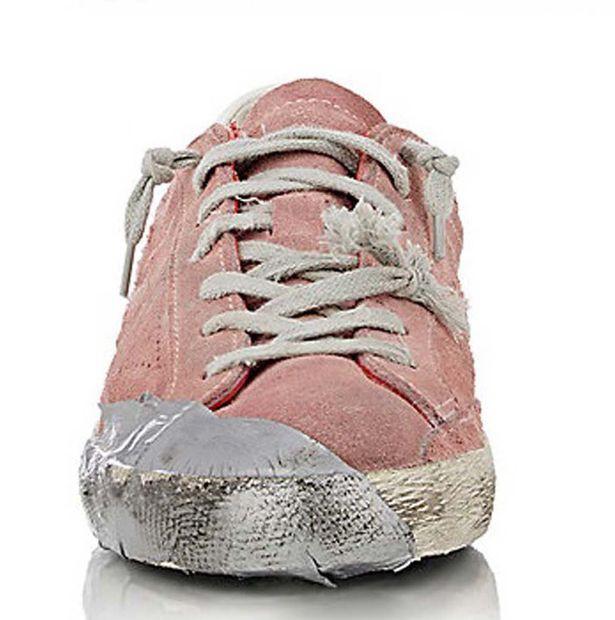 Cận cảnh đôi giày không thể nát hơn của hãng.