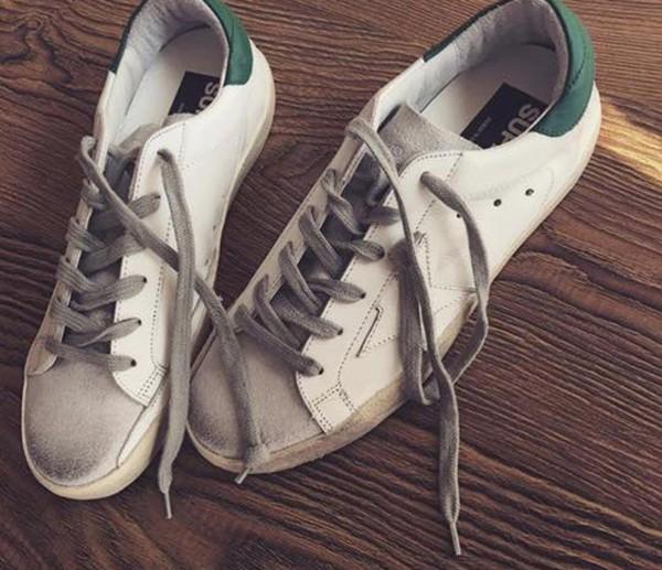 Giày bẩn đã là một trào lưu cực thịnh của làng thời trang.