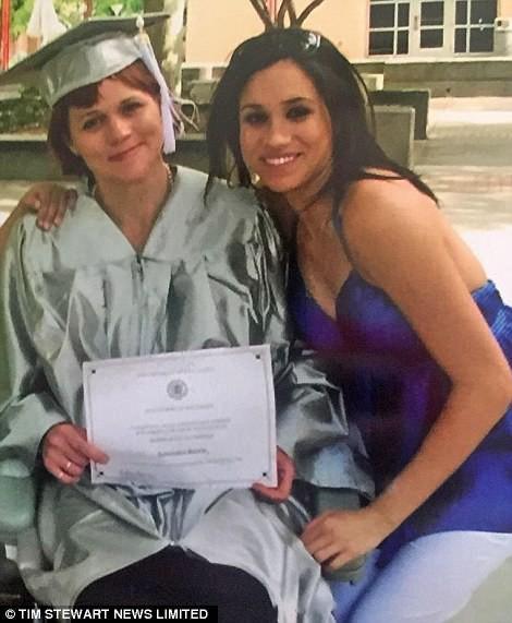 Meghan và chị gái Samantha Markle từng có quãng thời gian thân thiết.