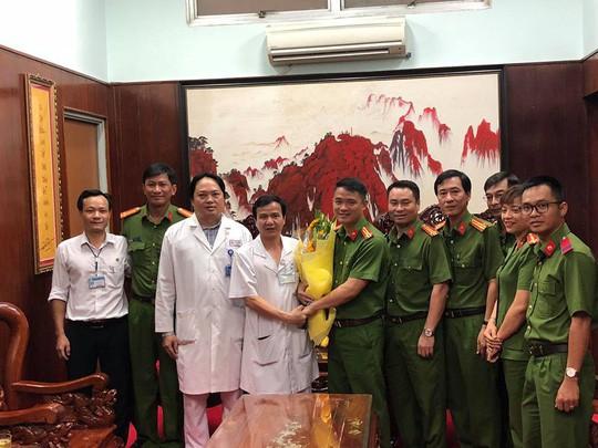 Phòng PC 45 cảm ơn các bác sĩ đã chăm sóc chu đáo các hiệp sĩ
