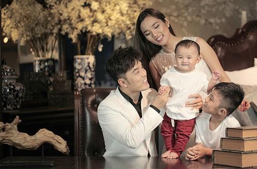 Ưng Hoàng Phúc: Dành thời gian nói chuyện với con riêng của vợ