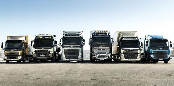 Nhiều đại lý tồn kho cả trăm chiếc xe tải