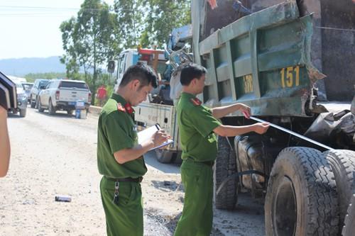 Cơ quan cảnh sát điều tra công an tỉnh Thanh Hóa khám nghiệm hiện trường