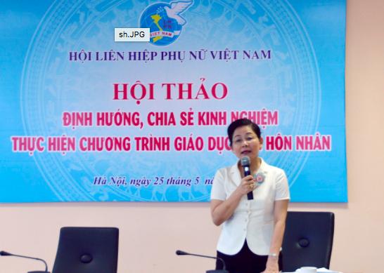 Bà Trần Thị Hương phát biểu tại Hội thảo