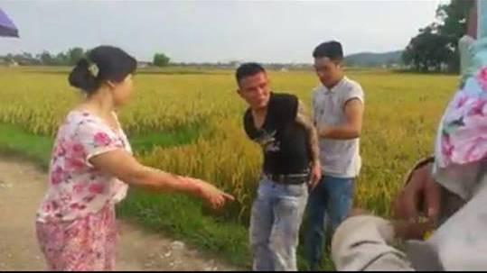 Đối tượng Lương bị người dân bắt giữ
