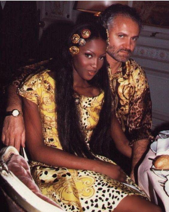 Naomi và Gianni Versace