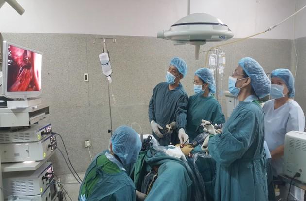 Phẫu thuật nội soi cắt tử cung tại BVĐK tỉnh Đồng Tháp. Ảnh minh hoạ