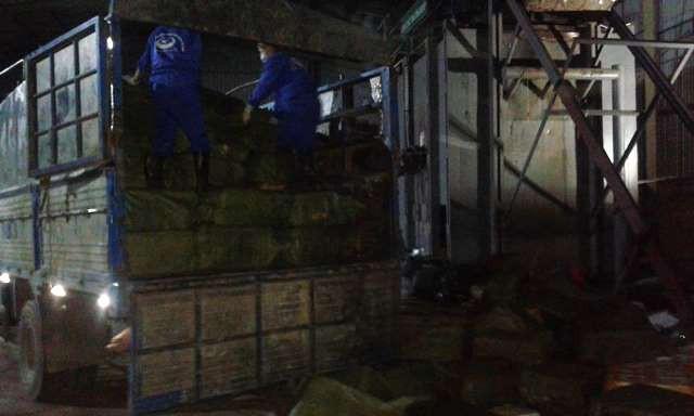 Số thực phẩm bẩn nói trên được đưa về Hưng Yên để tiêu hủy.