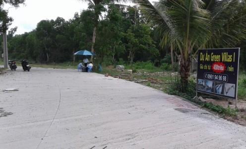 Một bảng chào bán bất động sản ở Phú Quốc. Ảnh: Phúc Hưng