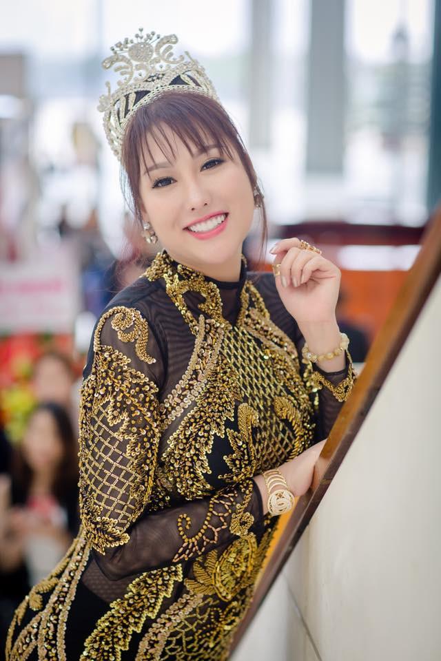 Nhan sắc thật của Phi Thanh Vân khác xa hình ảnh long lanh mà cô đăng tải lên mạng xã hội.