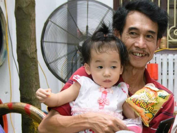 Phú Đôn ví con gái là cái đuôi của bố.