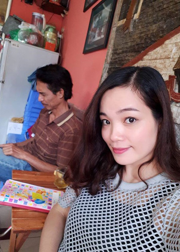 Nhan sắc của vợ trẻ Phú Đôn.