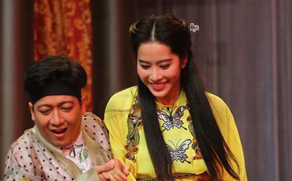 Nam Em cũng là tố Trường Giang yêu cô khi đang có mối quan hệ thân mật với Nhã Phương.