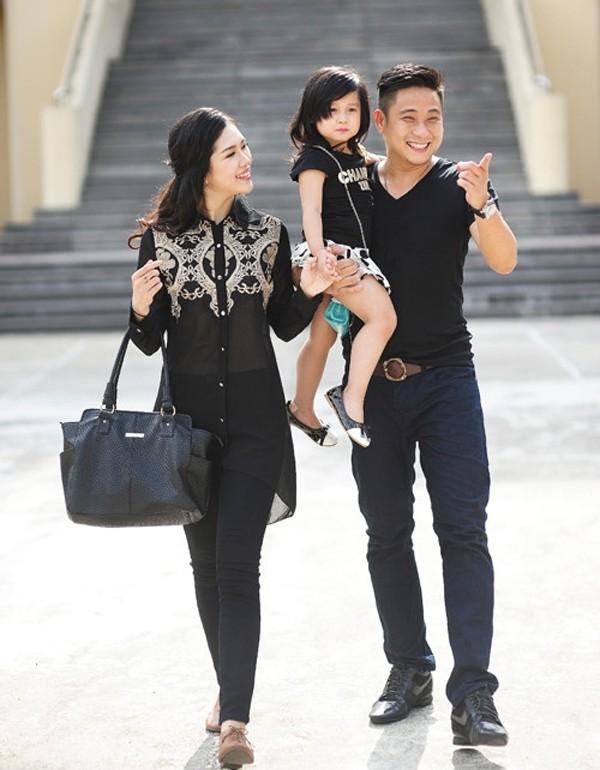 Gia đình hạnh phúc của Minh Tiệp.
