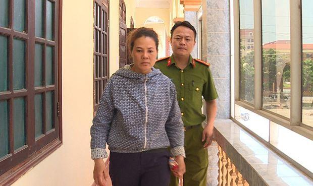 Đối tượng Nguyễn Thị Huyền tại cơ quan điều tra