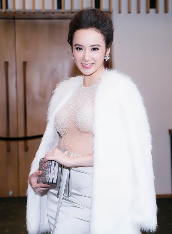 Hình ảnh của Angela Phương Trinh năm 20 tuổi đã vô cùng già dặn.