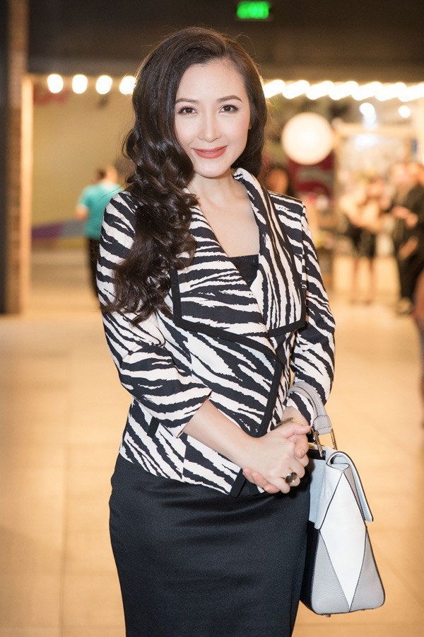 Nhan sắc hiện tại của diễn viên 47 tuổi Khánh Huyền.