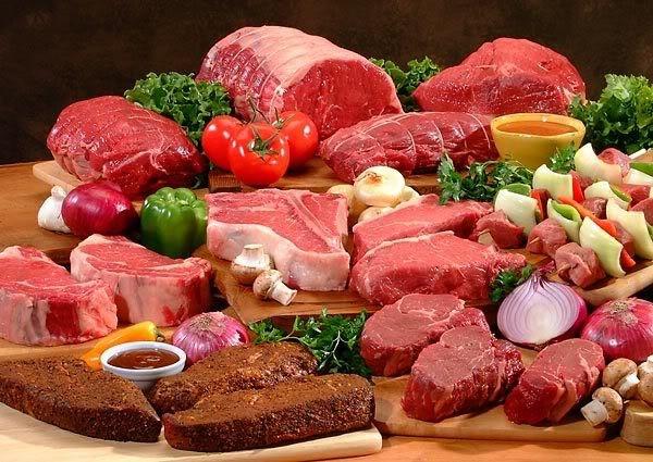 Ăn nhiều thịt, ít rau khiến cơ thể mất cân đối dinh dưỡng và tiềm ẩn nguy cơ bị ung thư đại trực tràng.