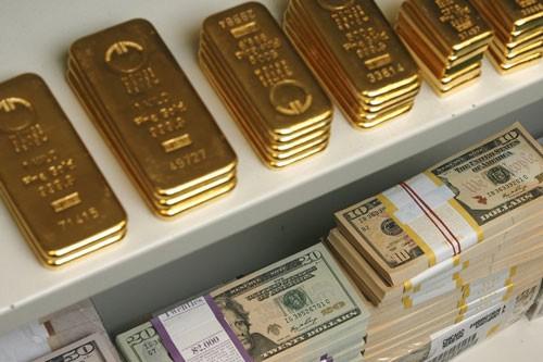 Phiên giao dịch sáng nay 13/6, giá vàng SJC tiếp tục tăng giá và đã vọt qua mốc 37 triệu đồng/lượng.
