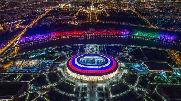 Năm nay nước chủ nhà Nga sẽ đầu tư khoảng 4 tỷ USD cho World Cup. Đây là kinh phí lớn nhất trong lịch sử sự kiện thể thao này.