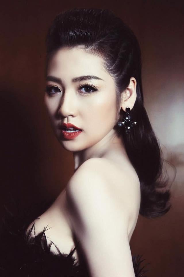 Á hậu Tú Anh ngày càng quyến rũ, xinh đẹp