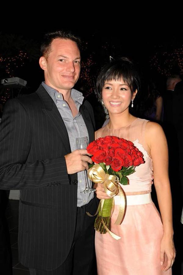 Hồng Nhung và Kevin kết hôn đã được 8 năm.