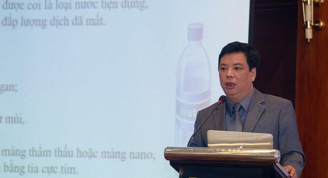 TS Trương Hồng Sơn.