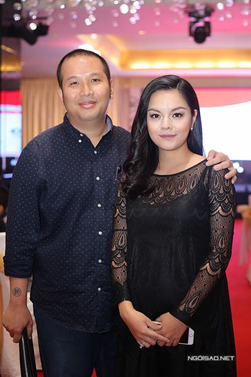 Phạm Quỳnh Anh và ông xã Quang Huy.