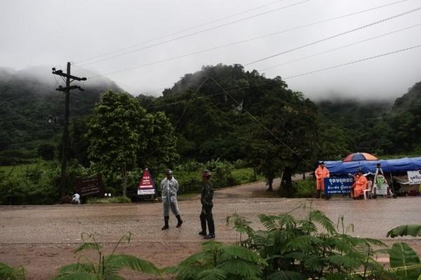 Thời tiết Chiang rai có mưa nhưng không ảnh hưởng đến công cuộc giải cứu.