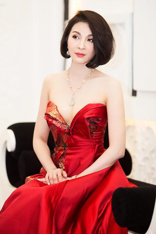 Thanh Mai còn được coi là một trong những người đẹp khá thành công khi trở thành doanh nhân. Hiện cô vẫn đang kinh doanh ở lĩnh vực thẩm mỹ.