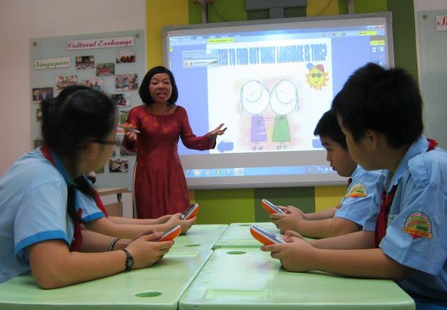 Trường học ở TPHCM rất khó giữ chân giáo viên tiếng Anh. (Ảnh minh họa)