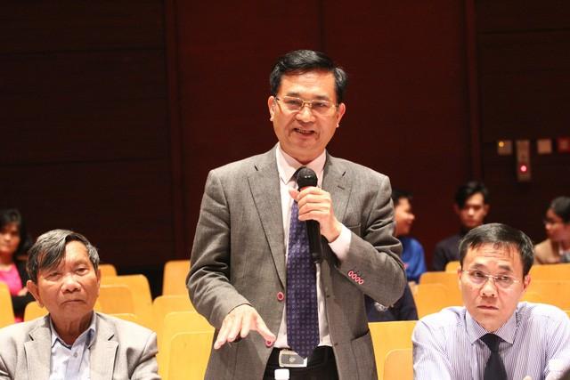 TS Lê Cảnh Nhạc, Phó Tổng cục trưởng thường trực Tổng cục DS-KHHGĐ phát biểu tại buổi Giao lưu Báo chí truyền thông với những vấn đề thu hút sự quan tâm của xã hội. Ảnh: Q. Thành