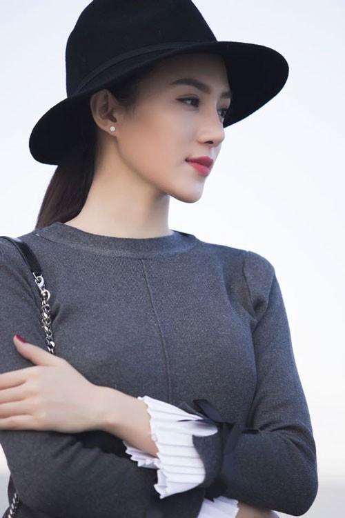 Vẻ đẹp thanh thoát, đầy khí chất của Lê Hà The Face 2016.