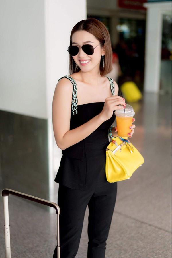 Cô tiết lộ thường nạp năng lượng và vitamin từ trái cây để giữ làn da, vóc dáng đẹp. Nữ diễn viên luôn cố gắng hạn chế ăn đồ ngọt và tinh bột.