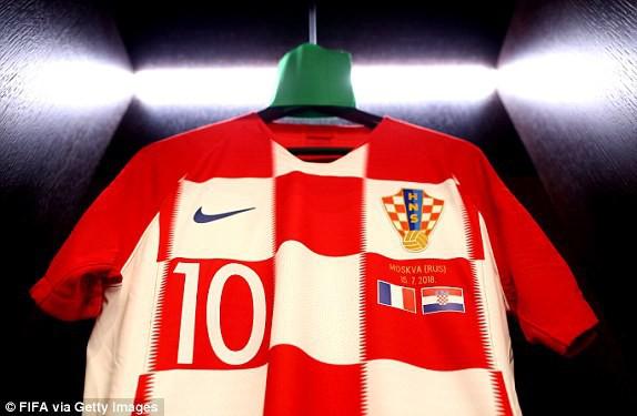 Chiếc áo số 10 sẽ được Luka Modric mặc ở trận đấu này
