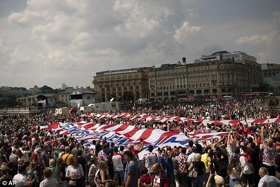 Người Croatia thực sự mở hội tại Moscow